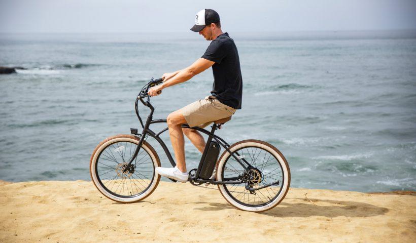 Hoe laad je een e-bike thuis op?